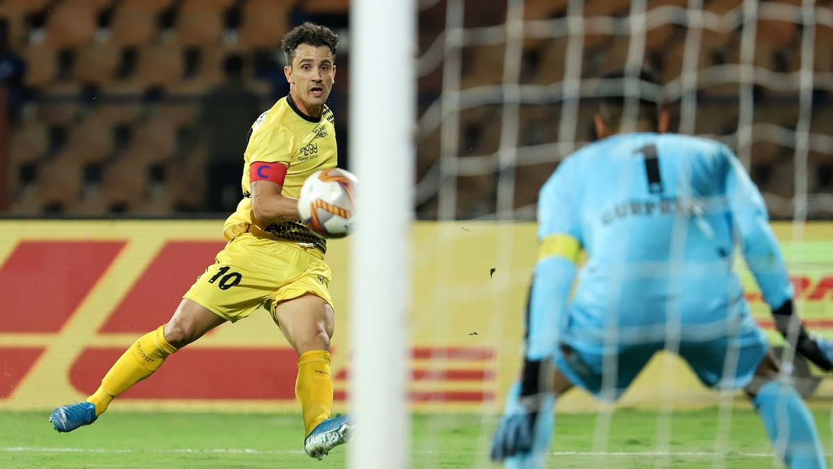 Football  ISL:  Bengaluru pip Hyderabad  to stay in contention