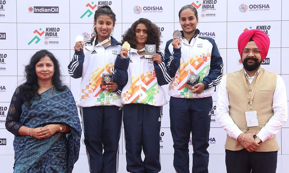 KIUG: Swimmer Kalyani, wins her 50th medal at the national level
