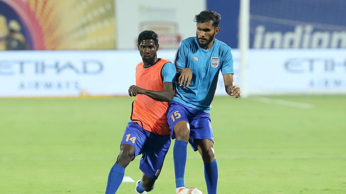 Football ISL: Everything to play for in Chennaiyin-Mumbai showdown