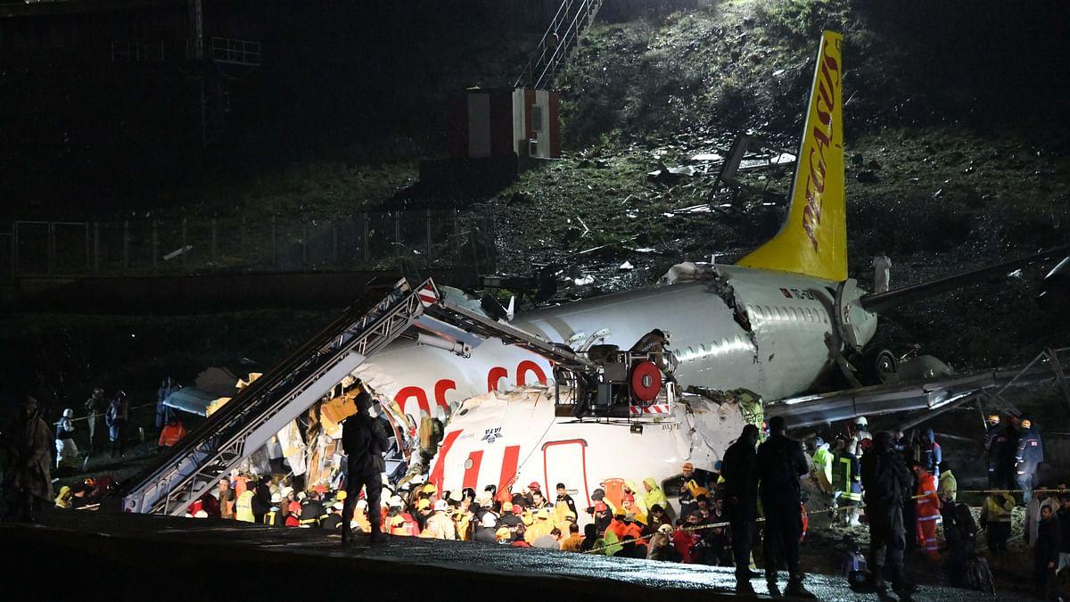 Three dead as Turkish plane overruns runway, breaks to pieces