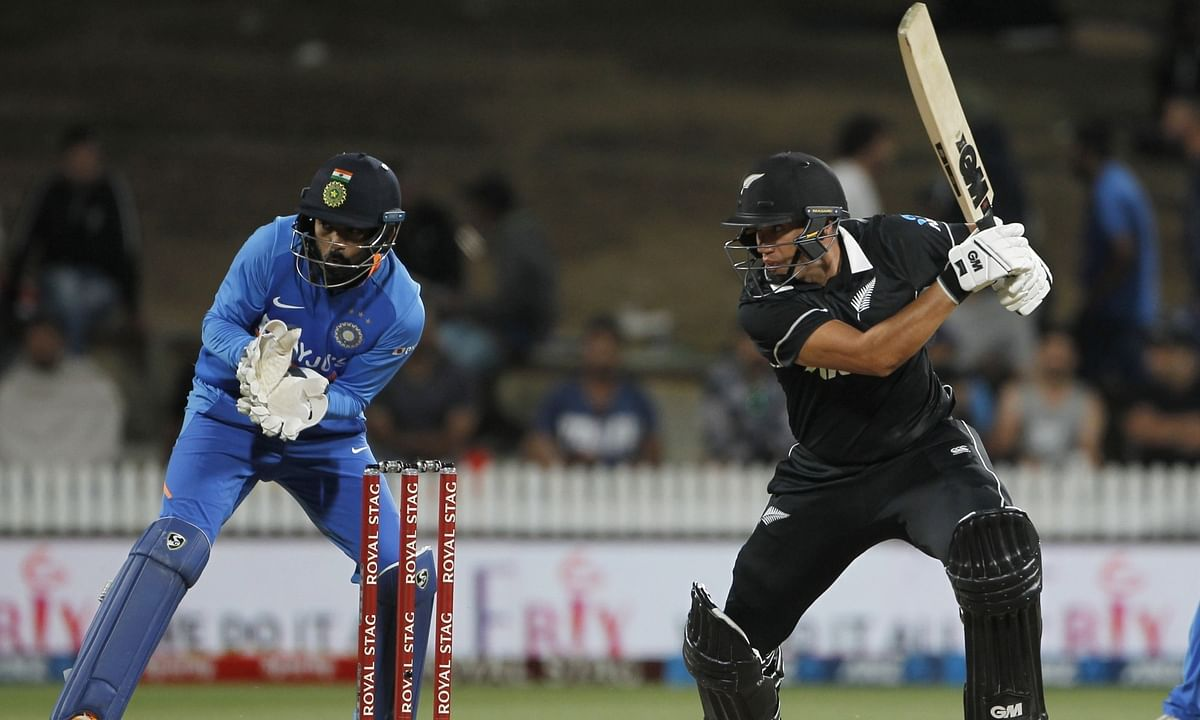 Taylor stands tall as India restrict NZ to 273 in 2nd ODI