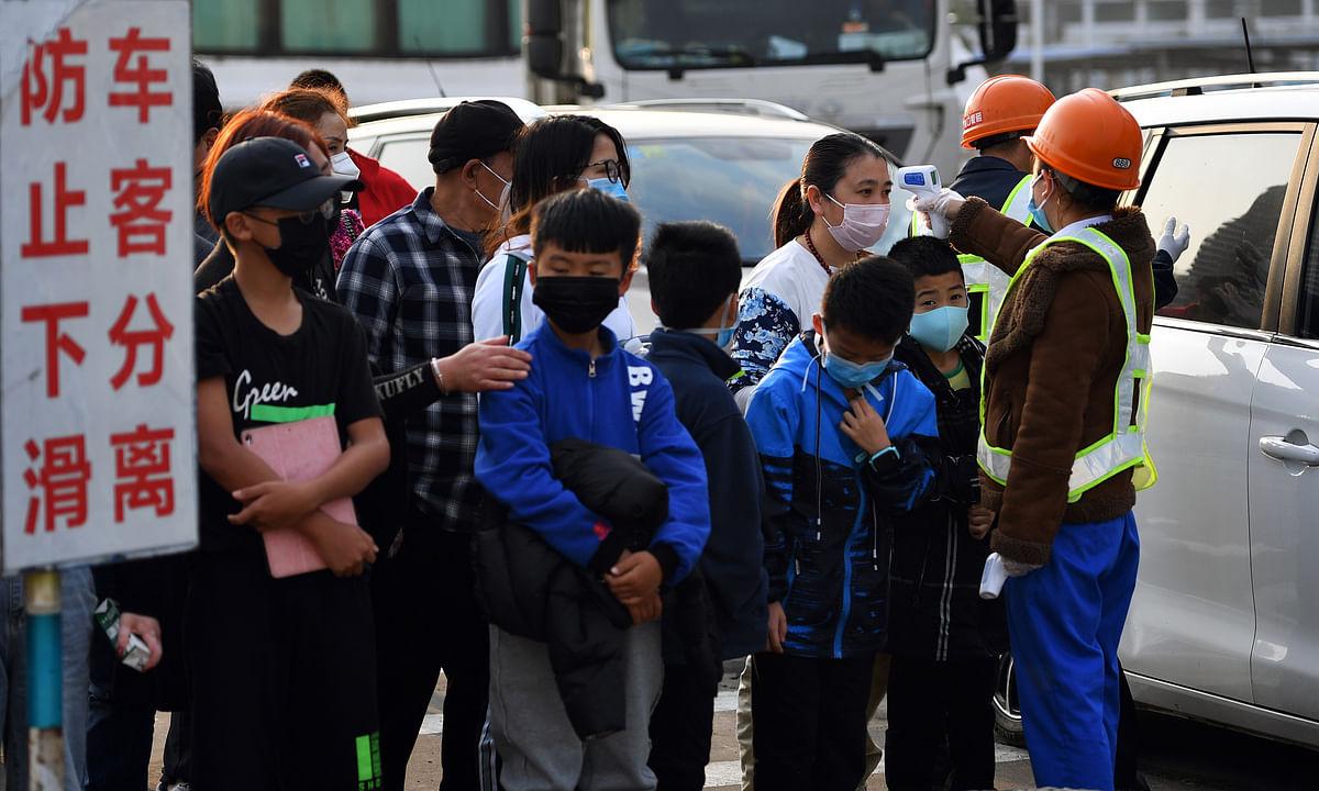 China reports 89 more coronavirus deaths, taking epidemic toll to 811