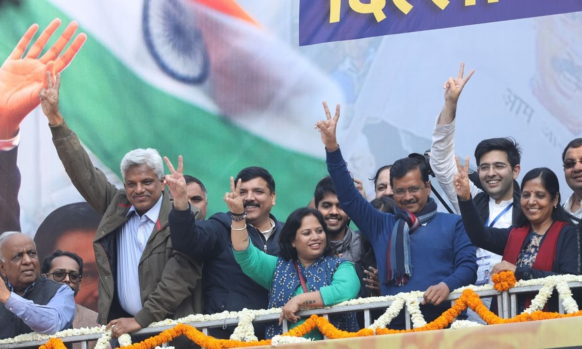 Kejriwal to meet newly-elected MLAs to decide on new govt