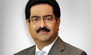 Vodafone Idea's Kumar Mangalam Birla meets Telecom Secretary on relief