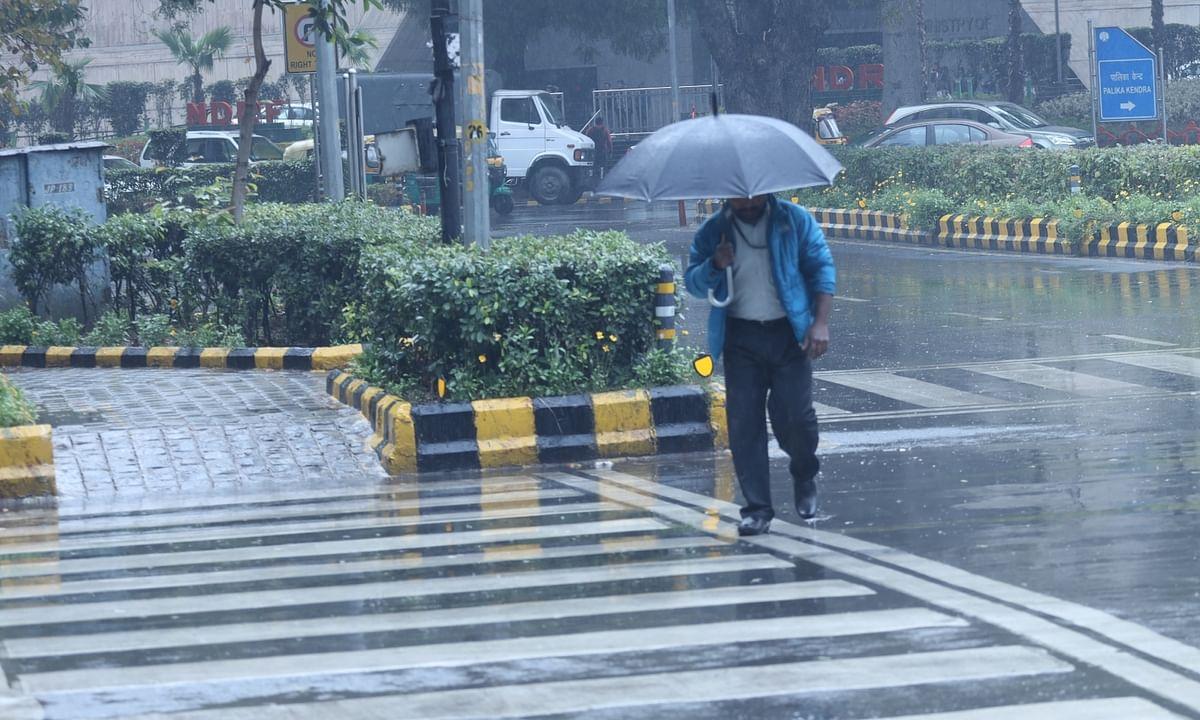 Delhi ends February with fresh rain spell