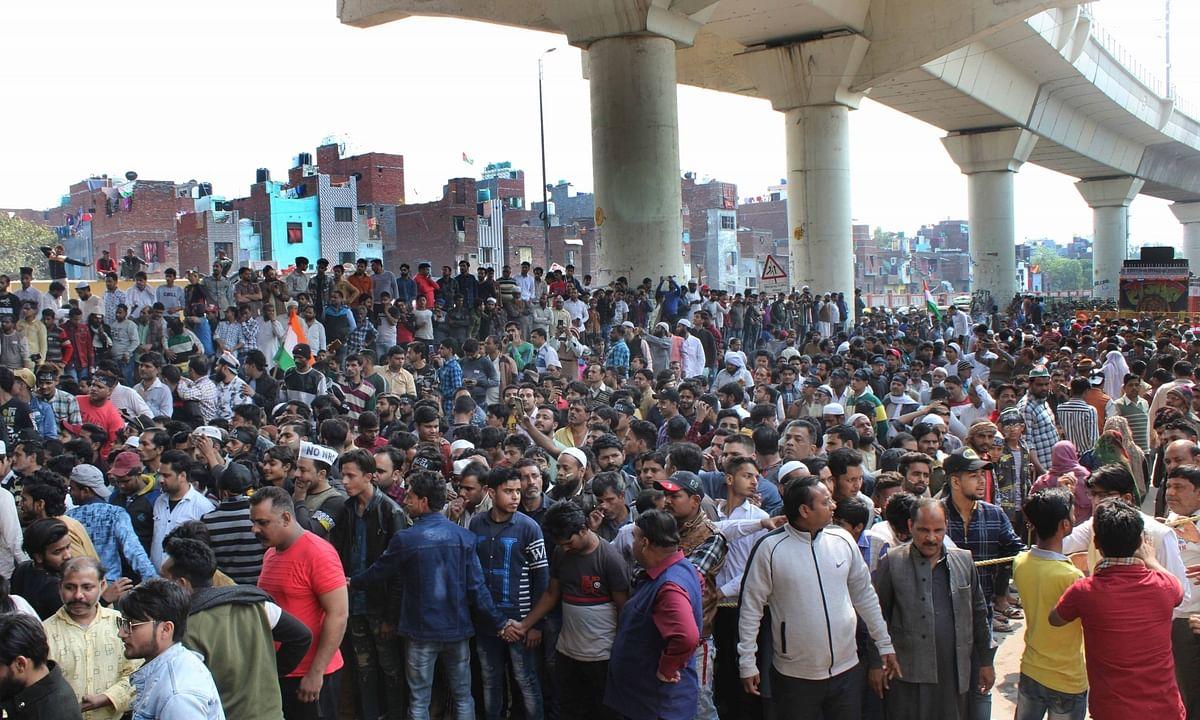 Stone-pelting again at Maujpur in Delhi as pro-, anti-CAA groups clash
