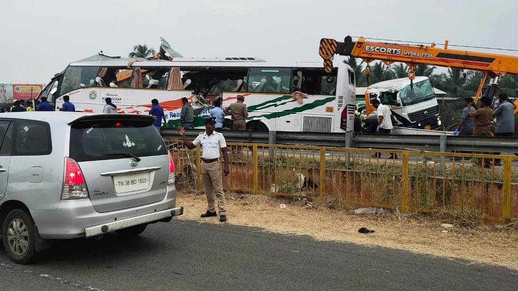 26 killed in two road accidents in Tamil Nadu