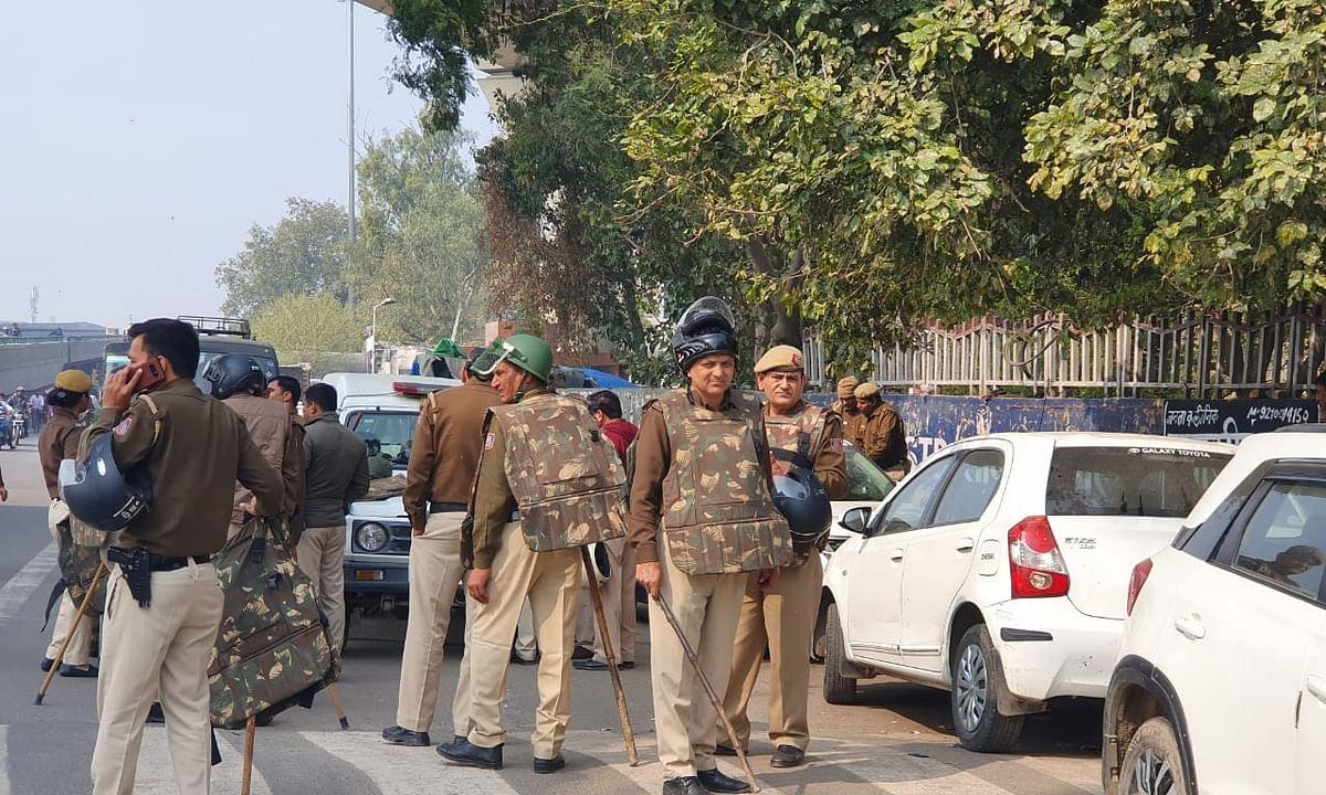 Delhi violence: Shah calls urgent meet with Kejriwal, others