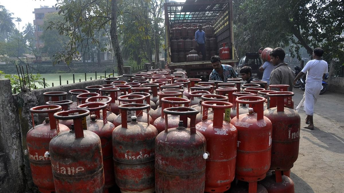 Cost of domestic LPG  cylinder reduced by Rs 10 from April 1
