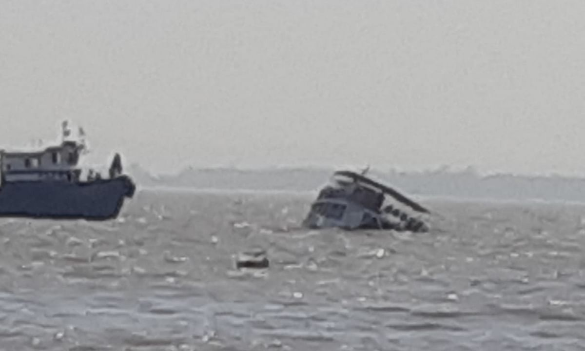Maharashtra: 88 rescued after boat capsizes in Arabian Sea near Raigad