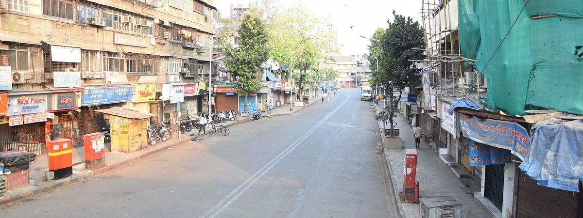 The road adjoining Dadar Central Railway Station has a deserted look on Day 4 of the lockdown imposed in the wake of the coronavirus pandemic, in Mumbai on March 28, 2020.