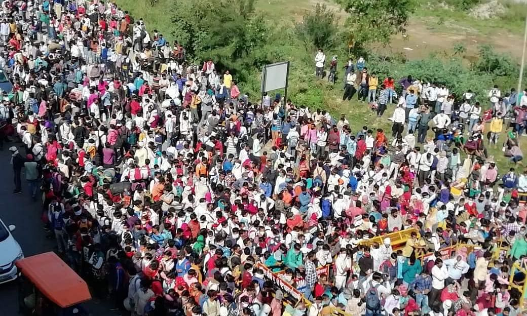 India reports six more COVID deaths, 61 new cases as migrant workers continue long march home