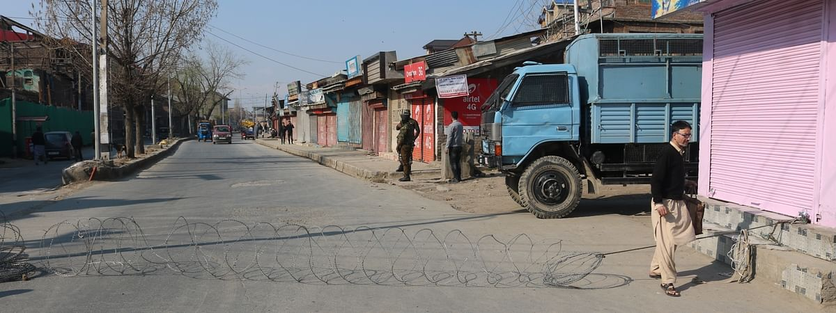 A street in Srinagar, where heavy restrictions have been imposed  amid the COVID-19 outbreak, on March 19, 2020.