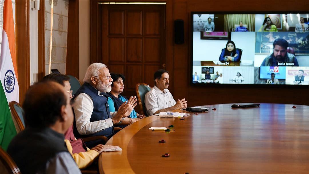 Modi urges media to counter pessimism, panic through positive communication