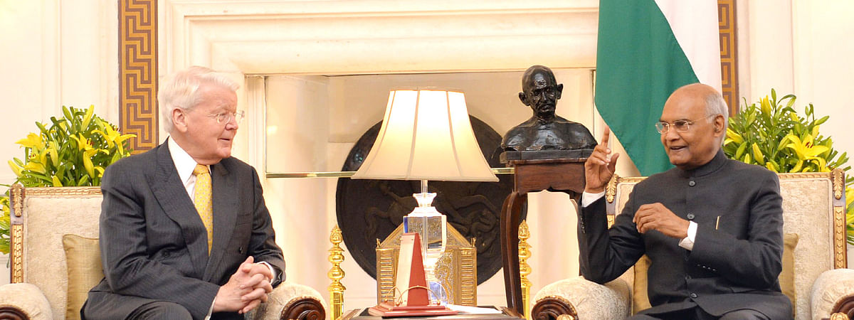 Former Iceland President Olafur Ragnar Grimsson calling on President Ram Nath Kovind, at Rashtrapati Bhavan, in New Delhi on March 5, 2020