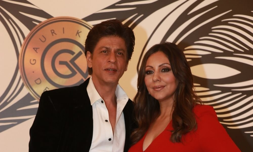 SRK gives four-storeyed office space for BMC quarantine facility in Mumbai