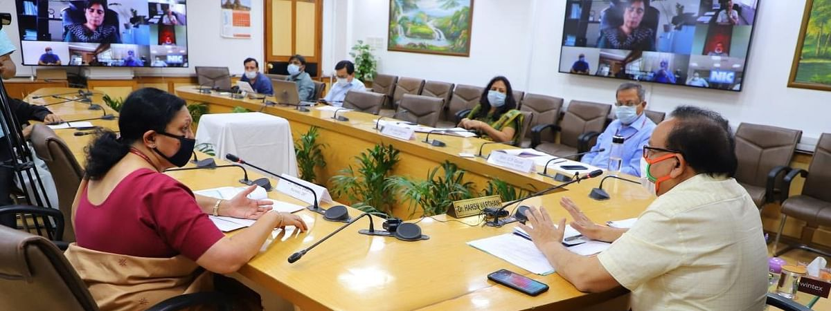 Union Health Minister Harsh Vardhan, who also handles the Science & Technology portfolio, holding a video conference with officials of the Department of Biotechnology (DBT) and its Autonomous Institutes and its Public Sector Undertakings to discuss the COVID-19 crisis, in New Delhi on April 28, 2020.