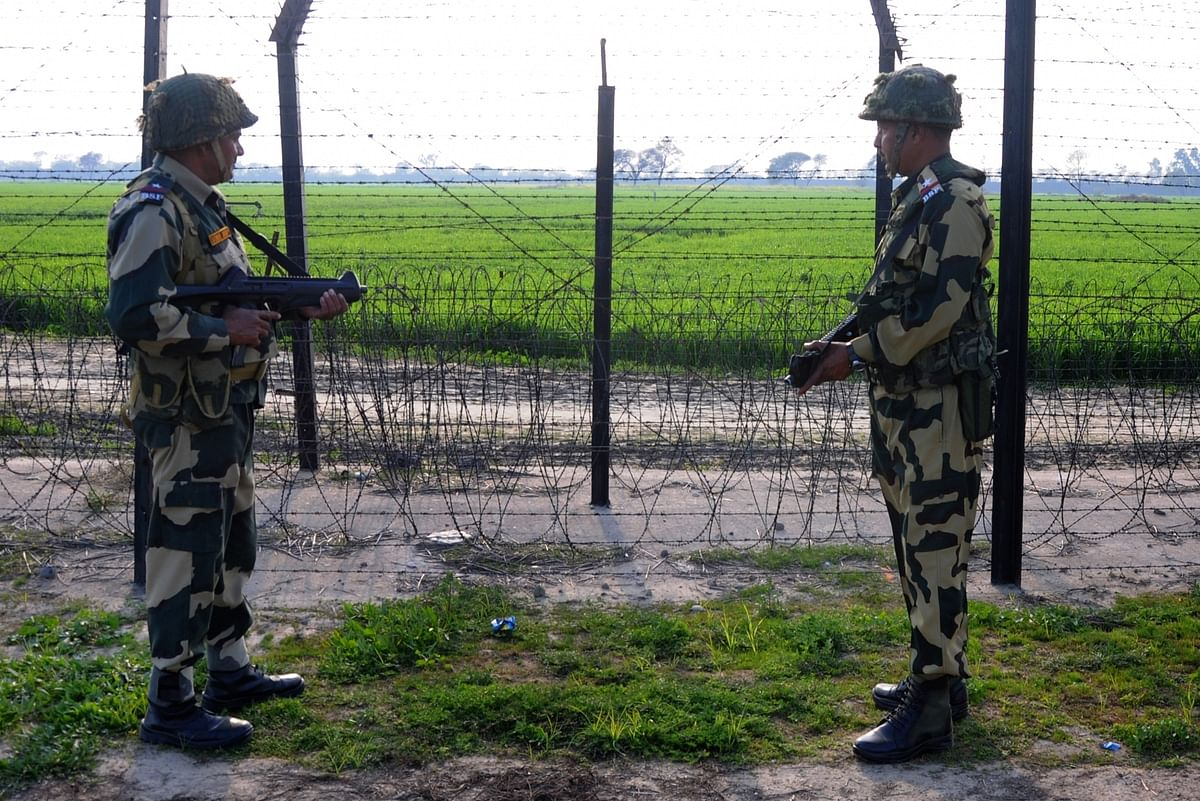 Indian soldiers at the Line of Control in Jammu & Kashmir