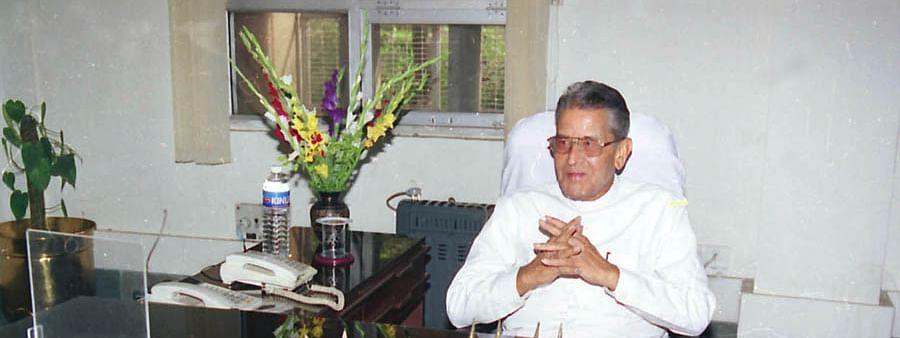 M V Rajashekharan