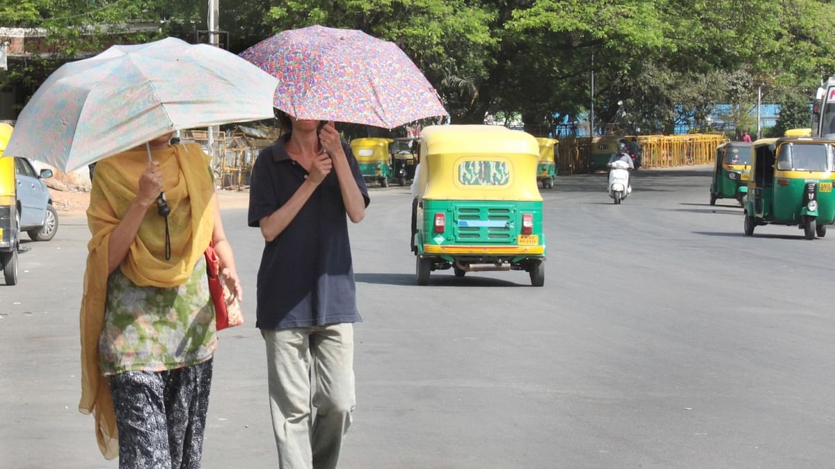 Umbrellas help maintain social distancing in Kerala