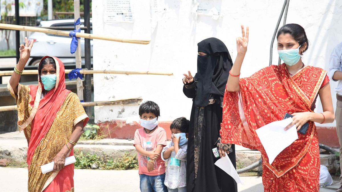 India reports 17 more COVID-19 deaths, 628 new cases of infection
