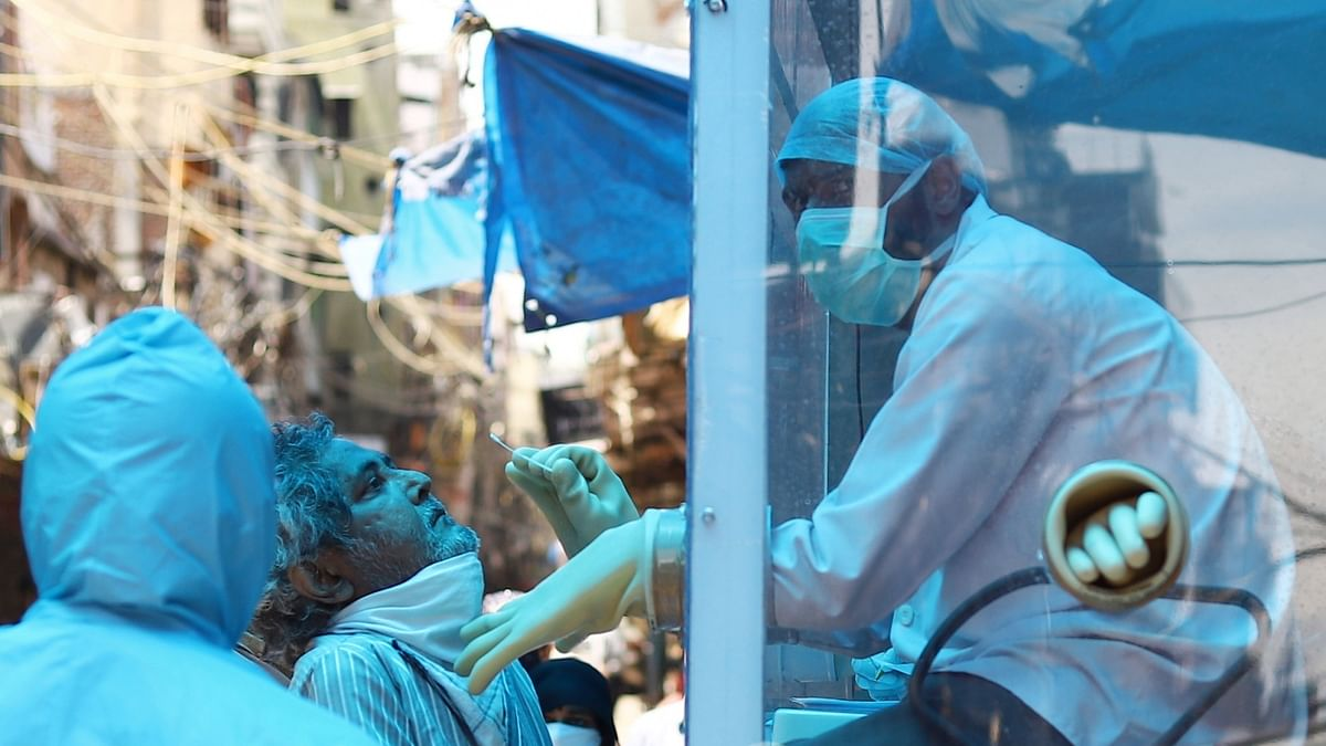 India COVID-19 deaths cross 600, confirmed cases surges to 18,985