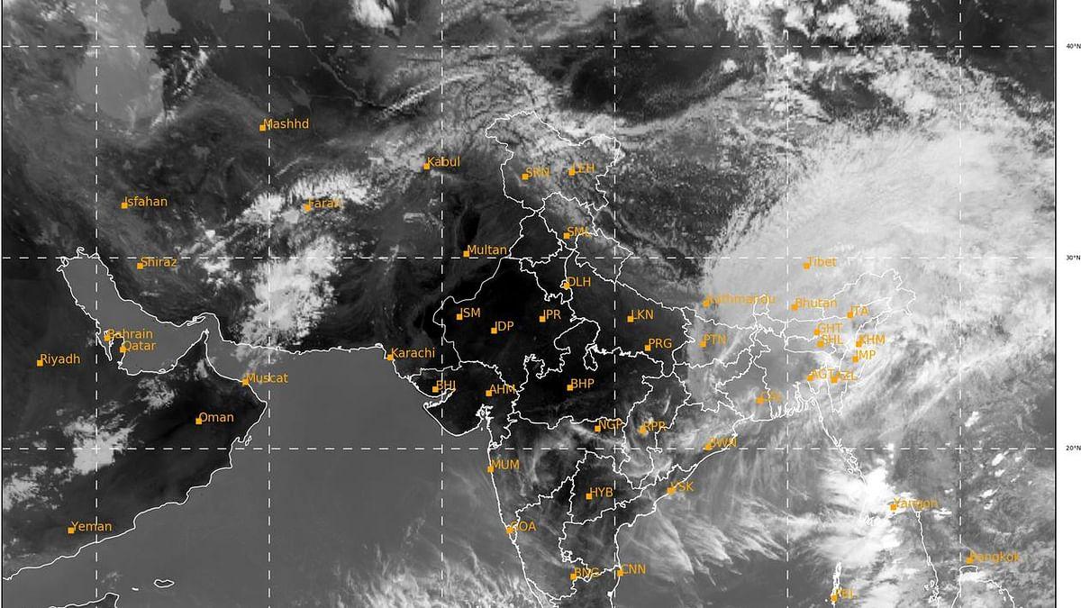 Cyclone Amphan kills 12 in Bangladesh