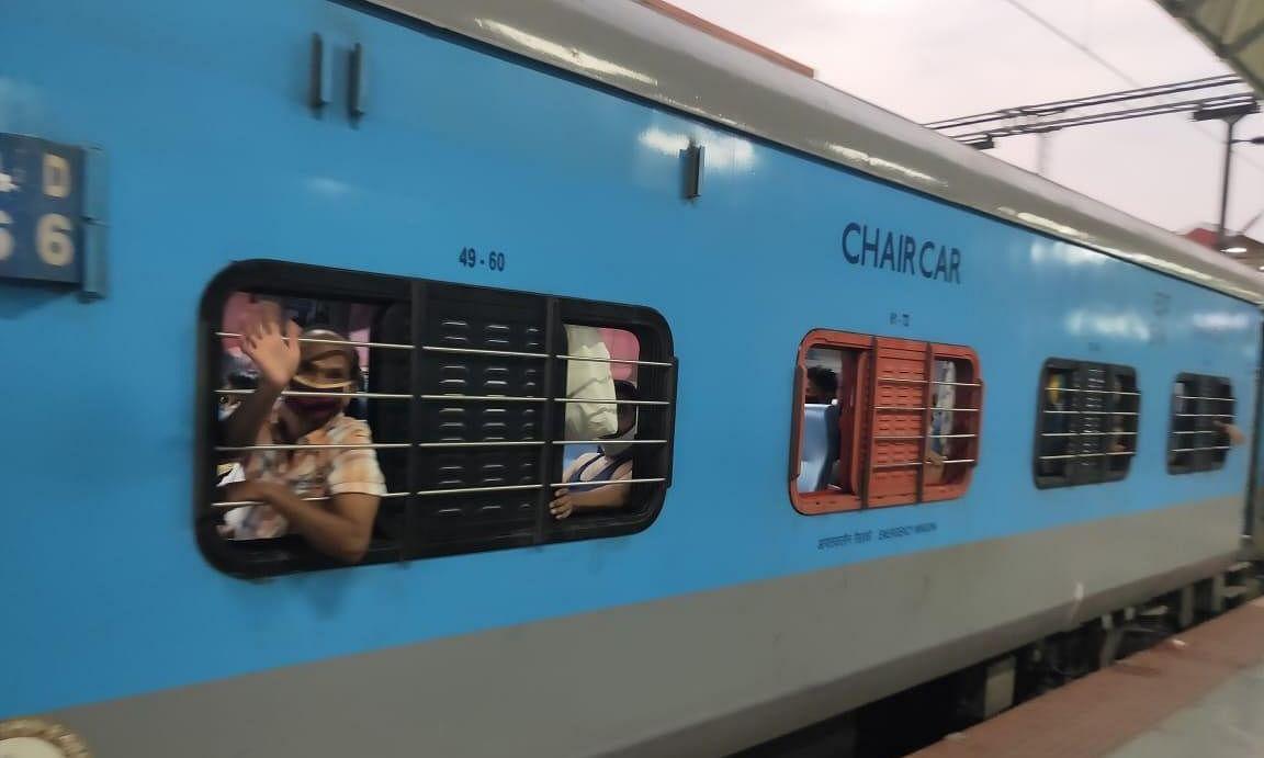 Two Shramik train passengers found dead in Varanasi