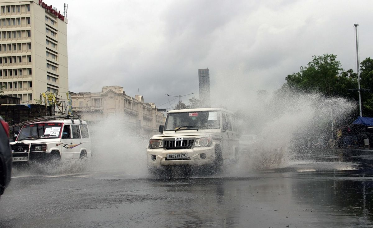 Heavy rains accompanied by strong winds lashing Kolkata as cyclone Amphan hit West Bengal on May 20, 2020