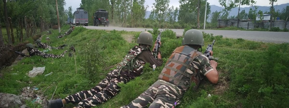 File photo of security personnel taking position during a cordon and search operation in Jammu and Kashmir.