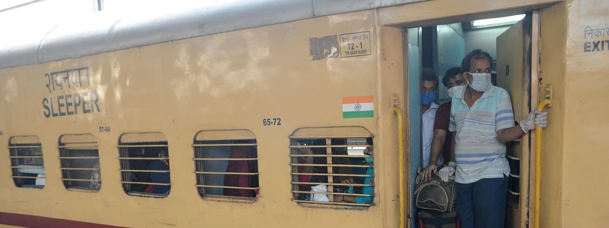 First train to Kerala brings home 1,000 people, 7 sent to hospitals