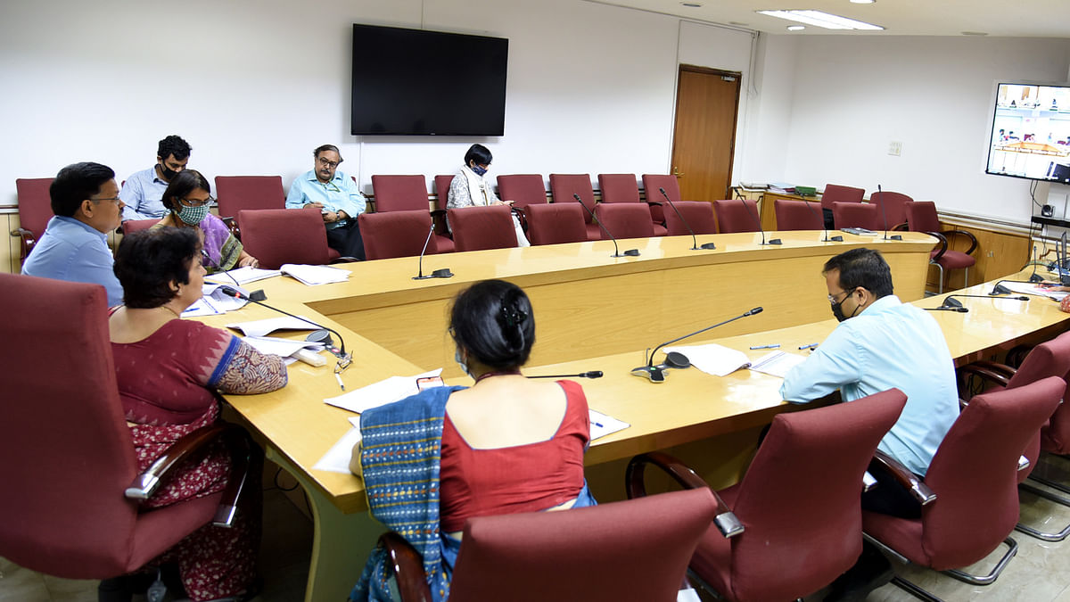 Health Secretary interacts with five States seeing upsurge in COVID-19 cases