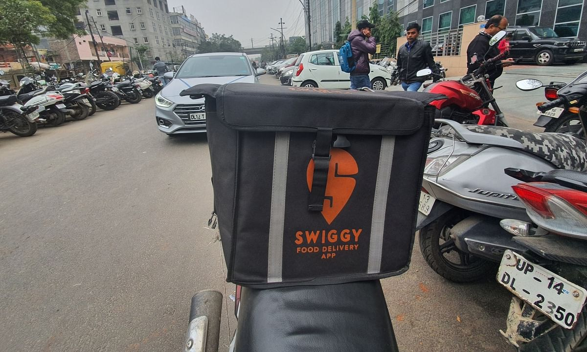 After Zomato, Swiggy sacks 1,100 workers as COVID-19 shuts cloud kitchens