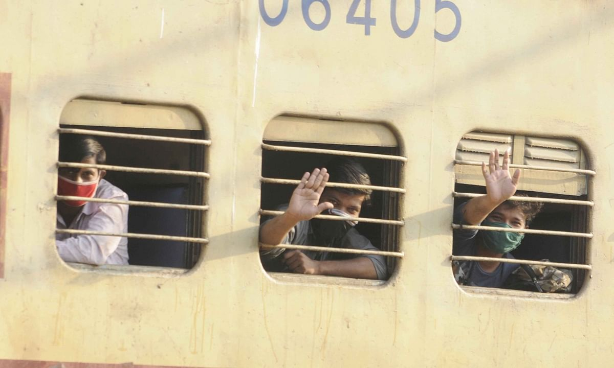 Home Ministry asks States to cooperate with Railways in running more 'Shramik Special' Trains