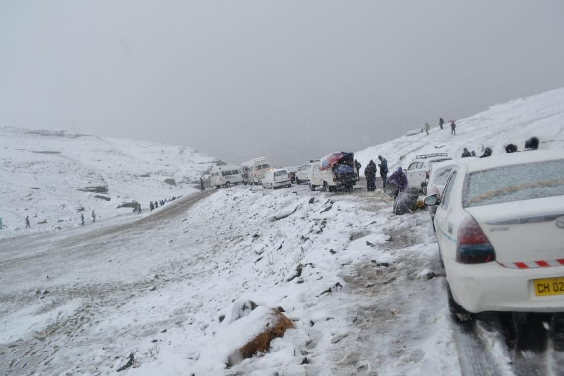 File photo of the Rohtang Pass, 52 km from Manali, through which the Manali-Leh highways winds its way.
