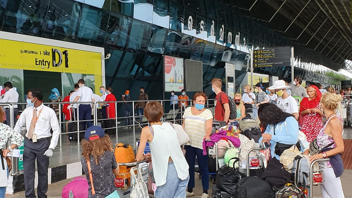 104 Russian tourists fly home from Kerala