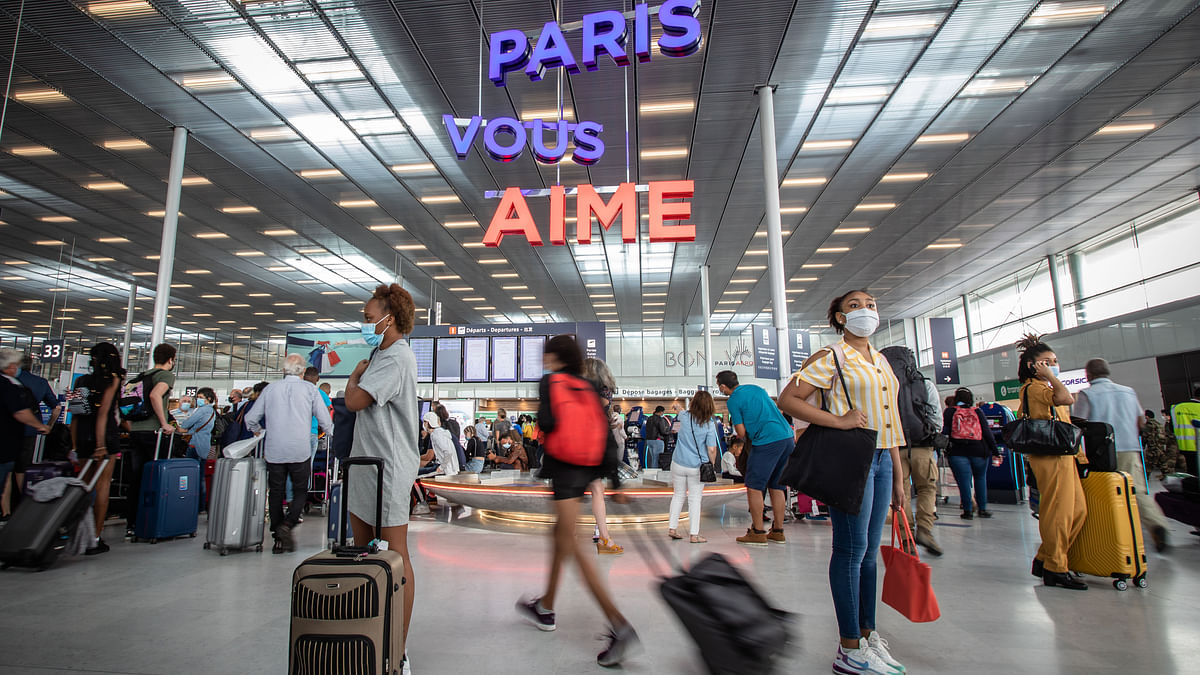 EU to allow in visitors from 14 'safe' countries