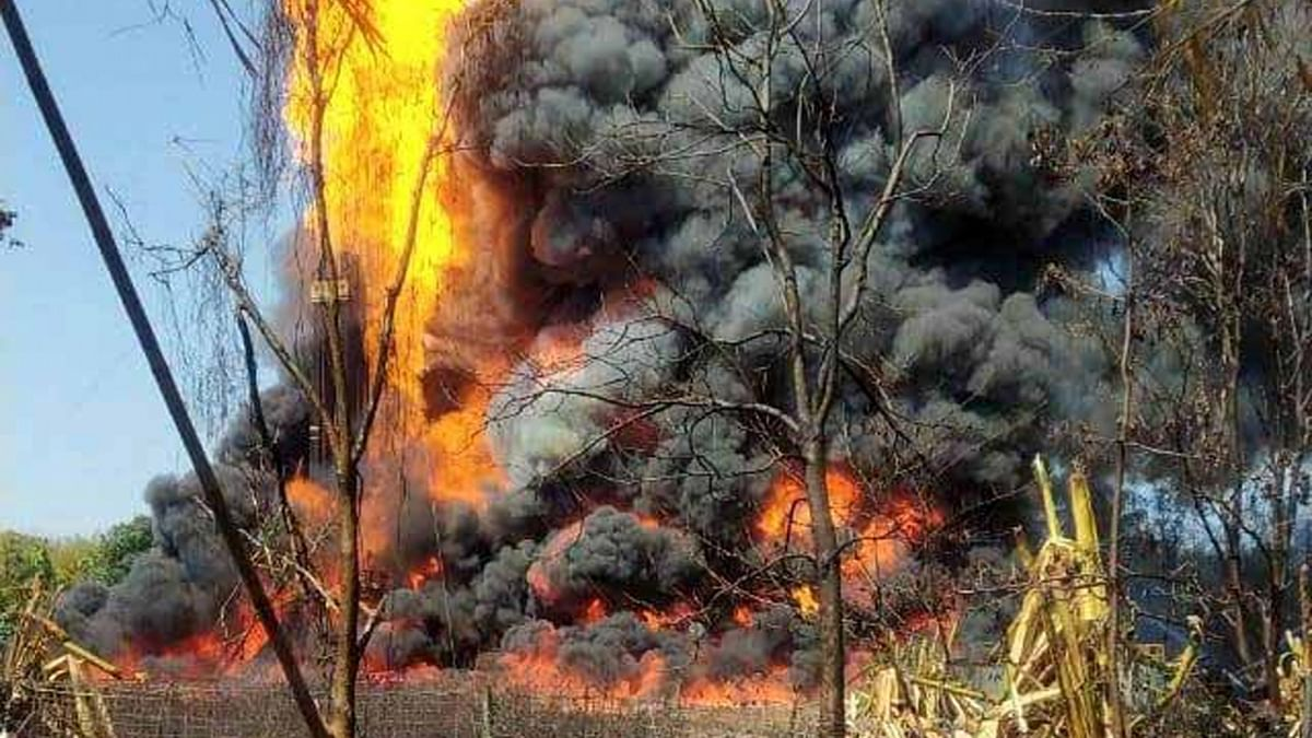 Massive fire in Assam's leaking gas well, Govt seek IAF's help