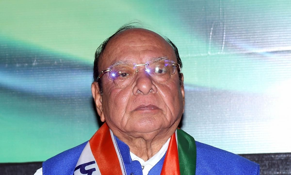 Miffed at leadership change, Shankersinh Vaghela quits NCP