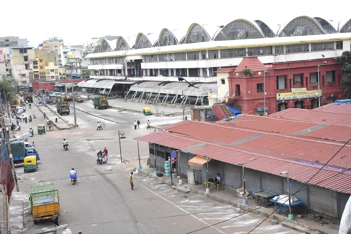 Bengaluru's KR Market, which was sealed by the district authorities during a strict lockdown that has been re-imposed for 15 days in five wards across the city to contain the spread of COVID-19 and reduce the pandemic cases, on June 24, 2020.
