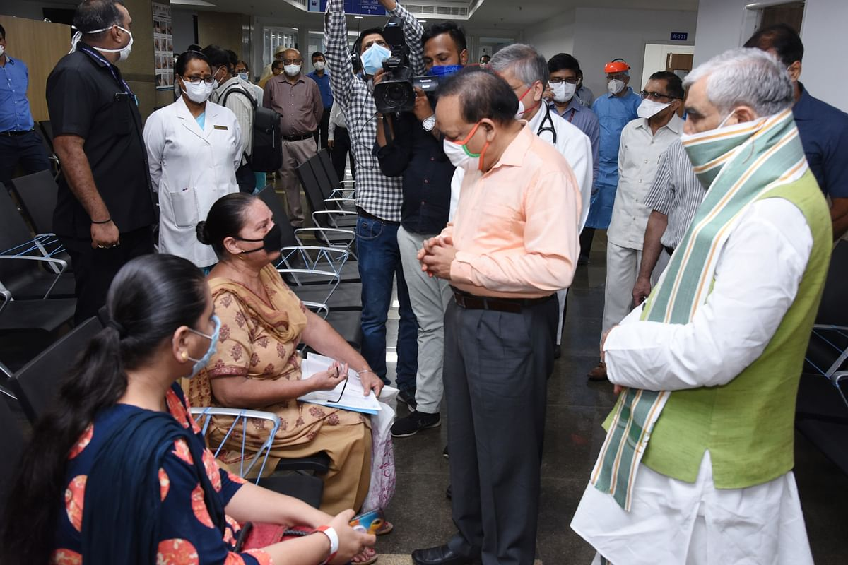 Union Minister for Health & Family Welfare Harsh Vardhan inaugurating the Rajkumari Amrit Kaur OPD Block of AIIMS, Delhi on July 16, 2020.