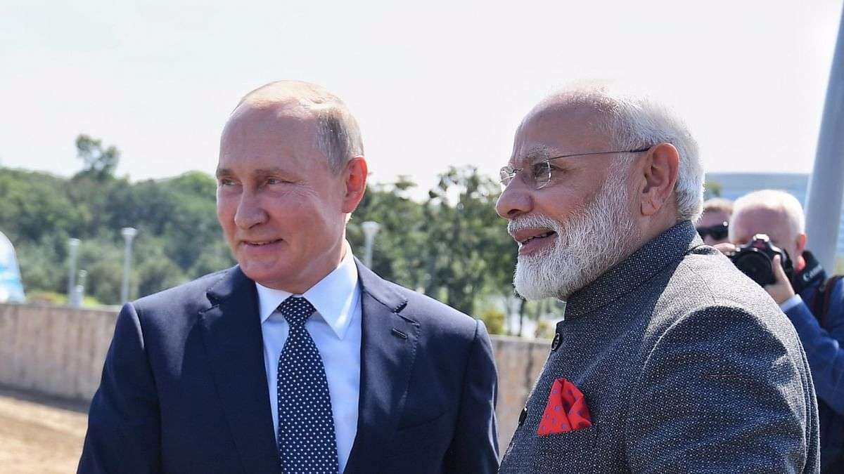 Modi speaks with Russian President Vladimir Putin on telephone