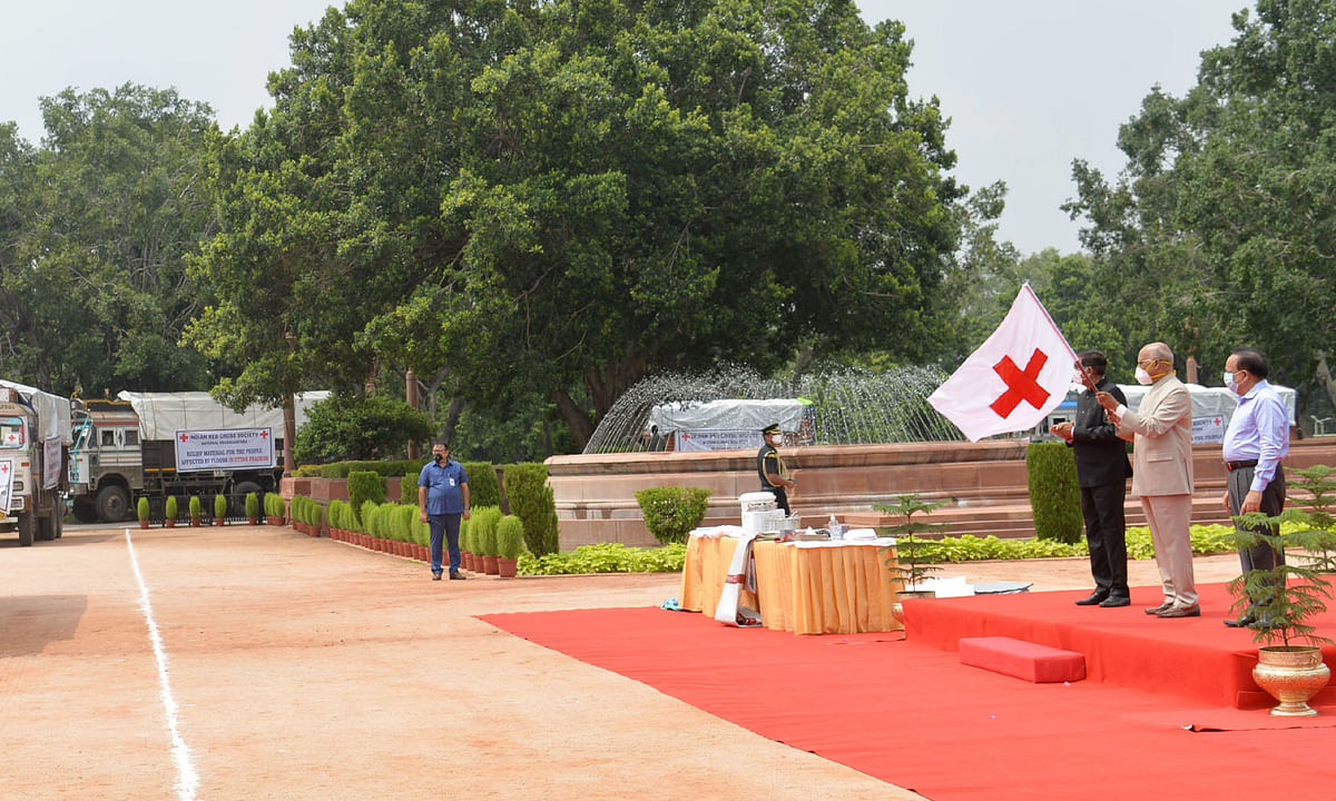 Kovind flags off Red Cross relief supplies for flood-affected in Assam, Bihar and UP