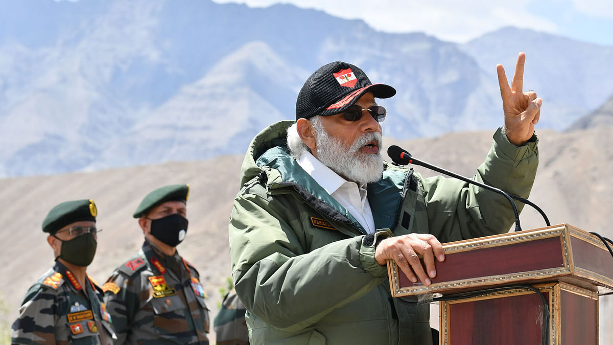 Modi visits Nimu in Ladakh to interact with Indian troops amid tension with China