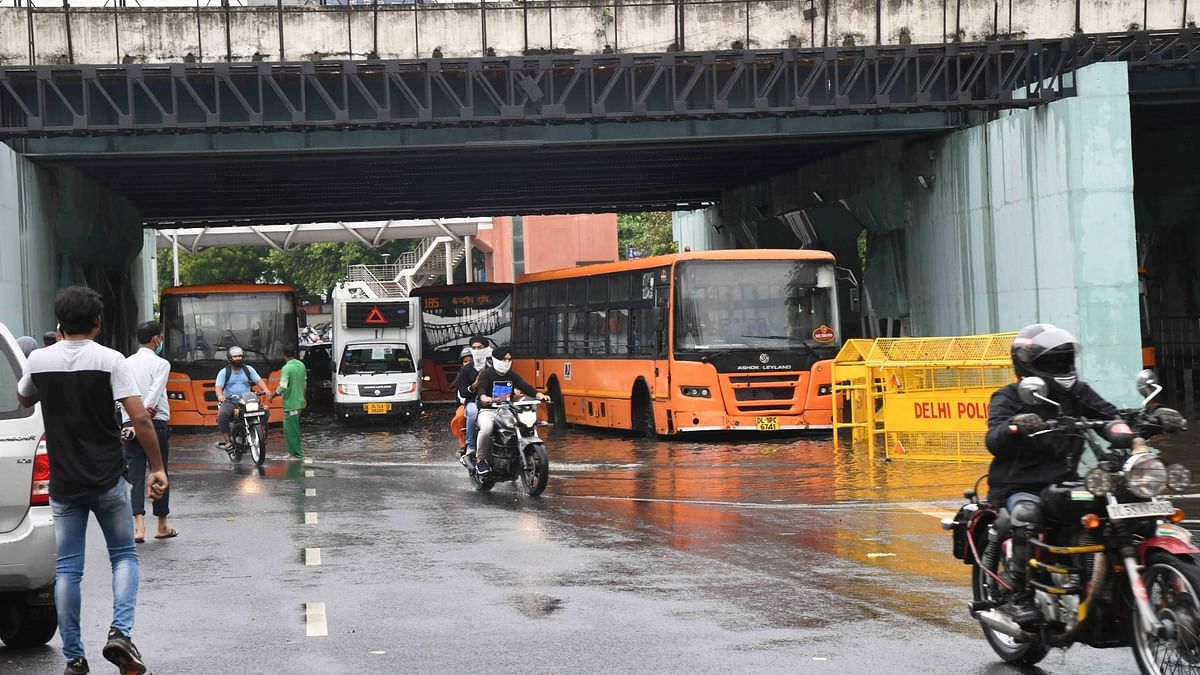 IMD forecasts light to moderate rainfall and thundershowers in Delhi for three days