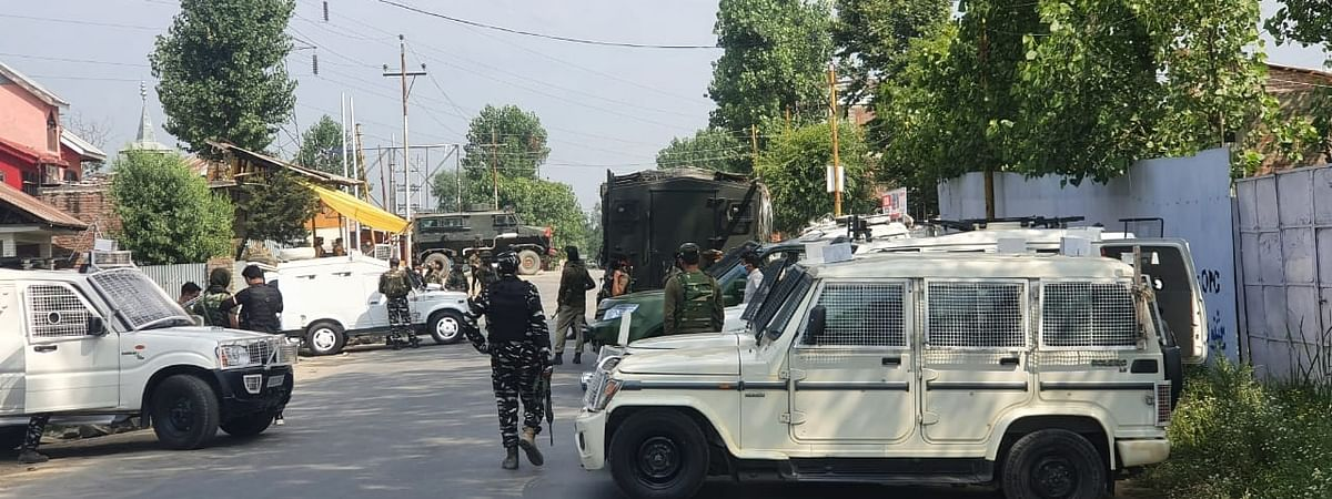Army personnel launching a cordon and search operation after one CRPF head constable and a civilian were killed while three other security personnel were injured when terrorists attacked a CRPF party at Sopore in North Kashmir on July 1, 2020.