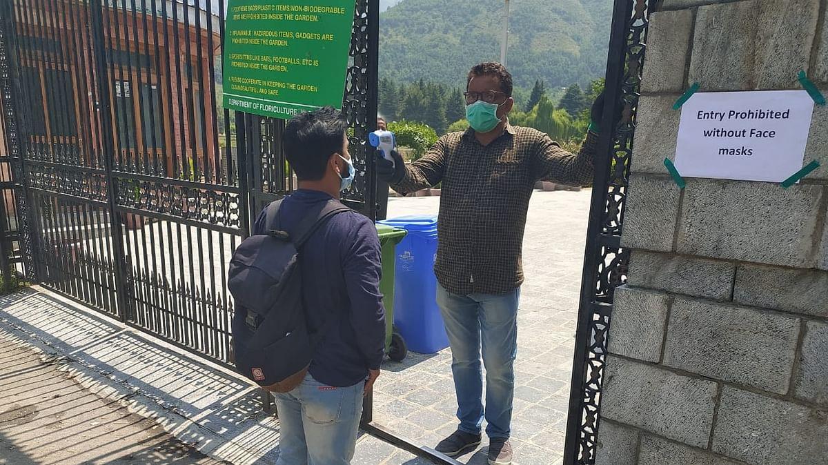 Authorities decide to re-impose lockdown in Srinagar