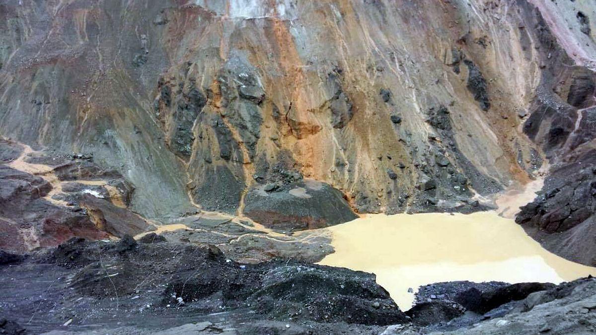 Myanmar jade mine landslide kills 160