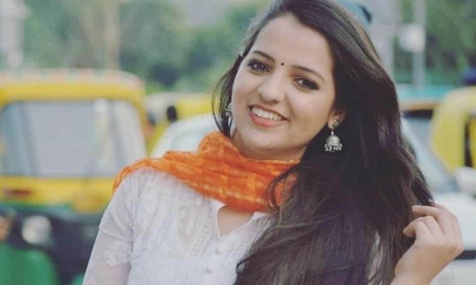 Television journalist allegedly commits suicide in Delhi