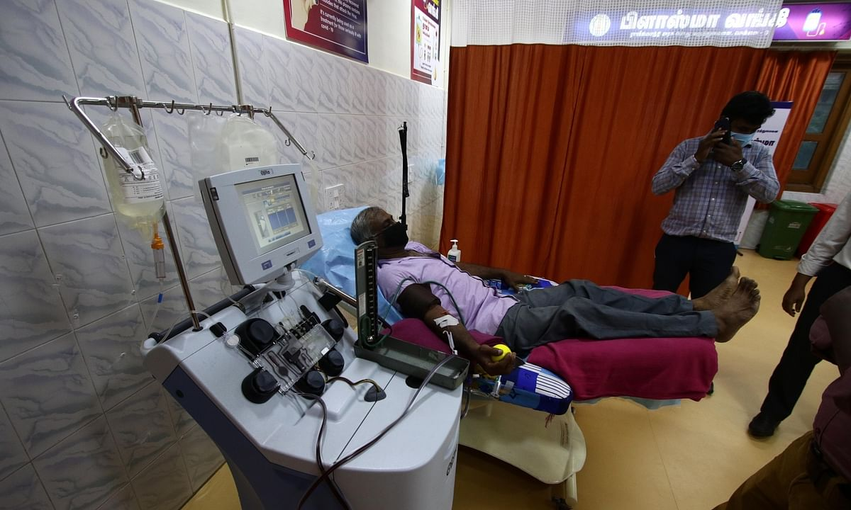 A recovered COVID-19 patient donating plasma at a plasma bank at the Rajiv Gandhi Government General Hospital in Chennai on August 17, 2020.